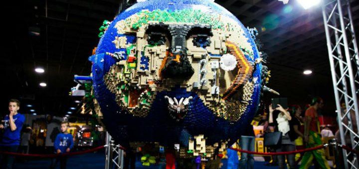 LEGO WORLD 2016